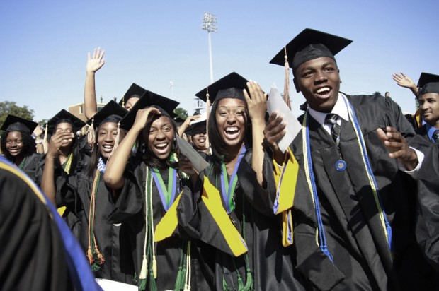 The 2010 Graduating Class At Hampton University In Virginia May 9