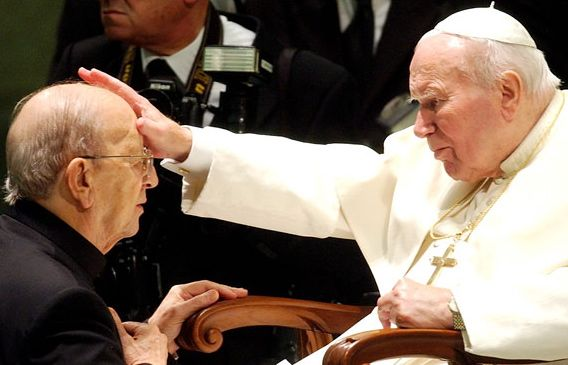 Pope John Paul II blesses Legionaries of Christ founder Father Marcial Maciel during a Vatican audience for 4,000 members of the religious order in November 2004. | Credit: PLINIO LPERI/AP