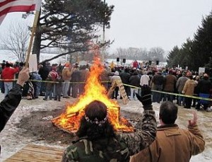 The Racine Tea Party holds a bonfire in January 2010 | Credit: SOAPBOX JILL/LIBERTY'S LOGIC