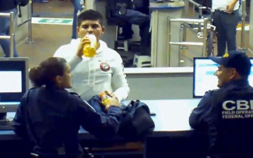 border-patrol-drink-170728
